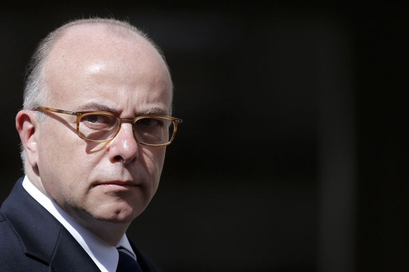 Cazeneuve-condamne-les-violences-antisemites